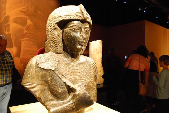 Egyptian Mummy Robbery