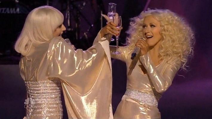 Christina Aguilera vs Lady Gaga